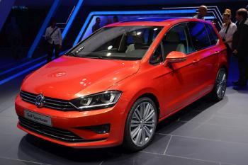 2014 Volkswagen Golf Sportsvan pictures
