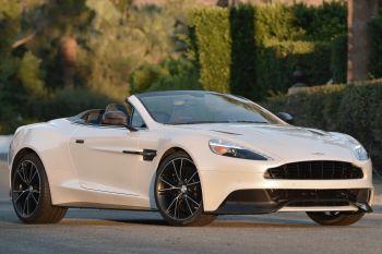 2014 Aston Martin Vanquish pictures